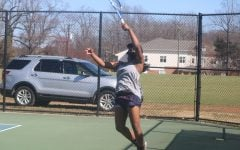 Makayla McLaurin  practices for her team
