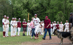 Men's baseball seniors sign off with last 2017-18 season game