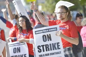Teacher's strike blows over after nine days in the windy city
