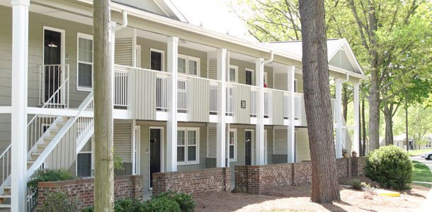 Off campus housing policy causes stir within student body