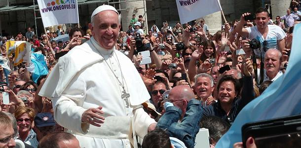 Pope makes remarks regarding gay marriage and abortion, sparks criticism