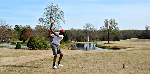 Men's golf team dominates the ODAC