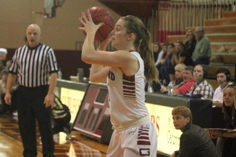 Amy Steller led all scorers with 17 points as the Quakers claimed a Wednesday evening Old Dominion Athletic Conference (ODAC) victory over Randolph College, 70-62