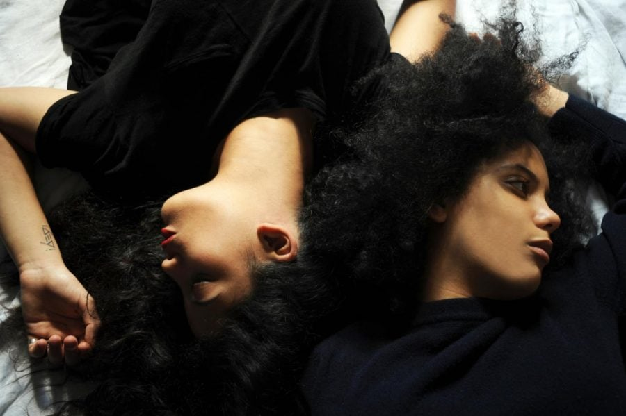Naomi Díaz, left, and Lisa-Kaindé Díaz, right, of French-Cuban musical duo Ibeyi. By Maya Dagnino (Ibeyi) [CC BY-SA 4.0 (https://creativecommons.org/licenses/by-sa/4.0)], via Wikimedia Commons