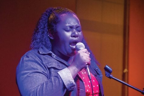 Open mic shares the talents of students