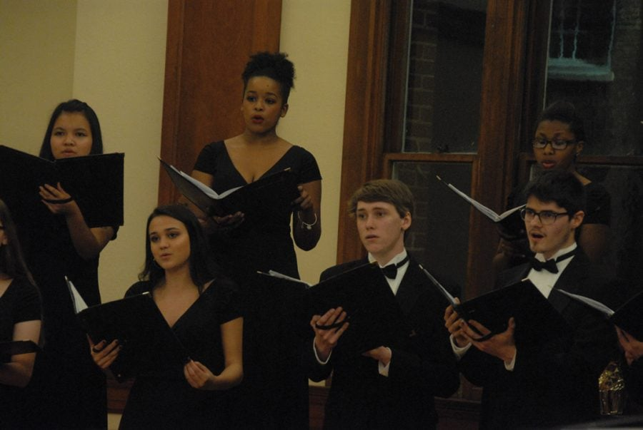 Guilford College Community Carols Guilford College Choir and LUMINA Treble Ensemble