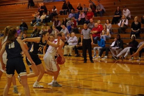 Women's basketball sit atop the conference