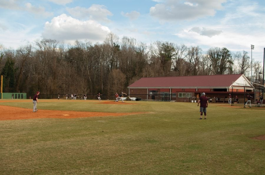 Guilford+College+baseball+hold+an+intrasquad+scrimmage+on+Feb.+5.%2F%2FPhoto+by+Andrew+Walker%2FThe+Guilfordian