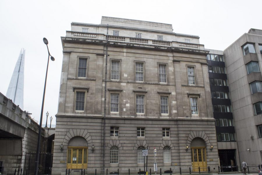 An image of Fishmonger's Hall, where the attack began.